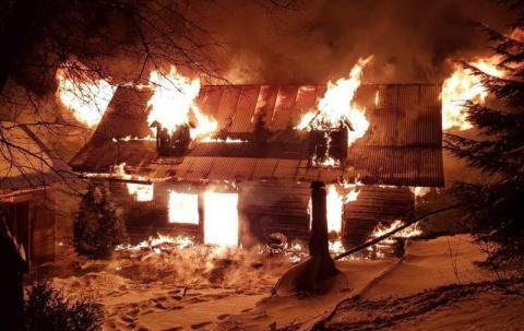 Zdarzyło się 5 lat temu, czyli pożar, areszt, znęcanie się i setka fotoradarów