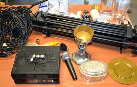 Kradzież w sądeckim kościele. Złodziej zabrał sprzęt i naczynia liturgiczne