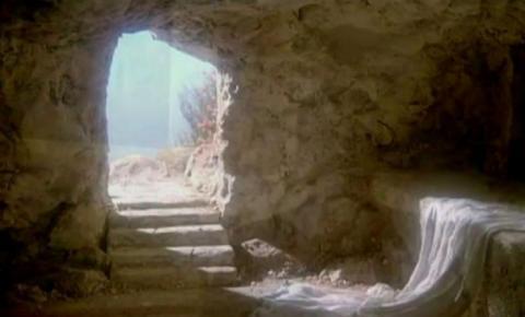 Jezus zmartwychwstał! Grób jest pusty