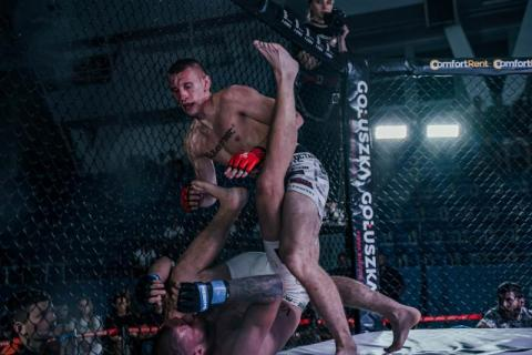 Robert Ruchała wygrał swoją trzecią walkę w MMA i pnie się w górę w rankingu