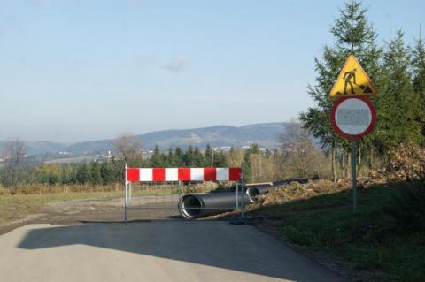Powiat i gmina zamienią drogi Kamionki Wielkiej w plac budowy