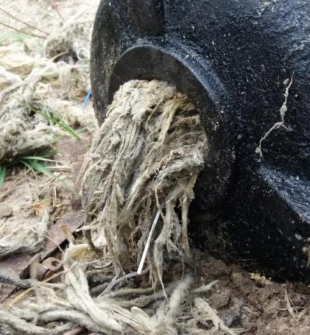 Ta pompa przegrała z pampersami! Rytro wydaje krocie na naprawę kanalizacji