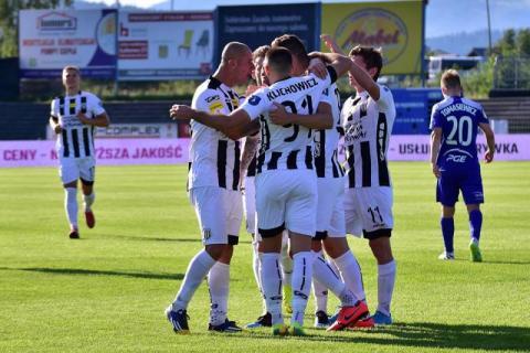 Walcząca o otrzymanie Sandecja rozegra jutro spotkanie z beniaminkiem Ekstraklas