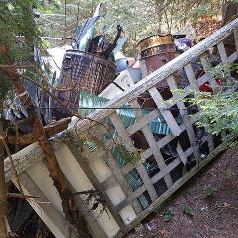 32 foto pułapki już chronią piwniczańskie szlaki przez zasypaniem śmieciami