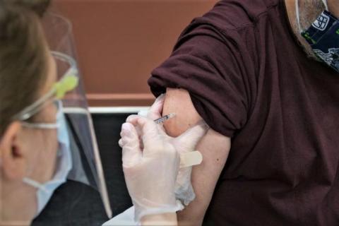 W Łososinie Dolnej nadal można się szczepić. Wszystko dzięki chętnym mieszkańcom