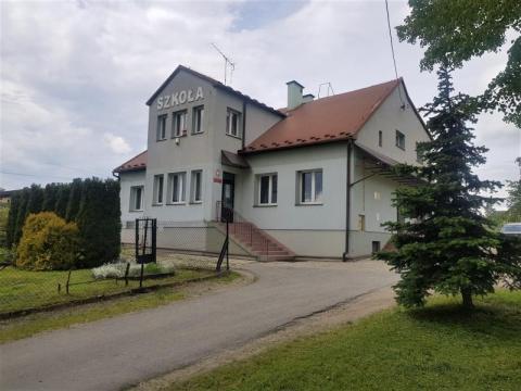 Niewielka szkoła podstawowa w Łęce będzie miała wymarzoną salę gimnastyczną