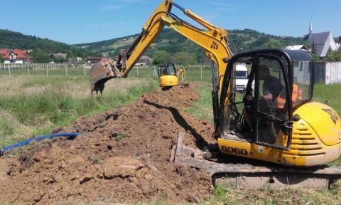 A 9 firm złożyło ofertę w przetargu na rozbudowę sieci kanalizacyjnej w dwóch sołectwach gminy Chełmiec: Świniarsku i Wielopolu. Na ile opiewają oferty?