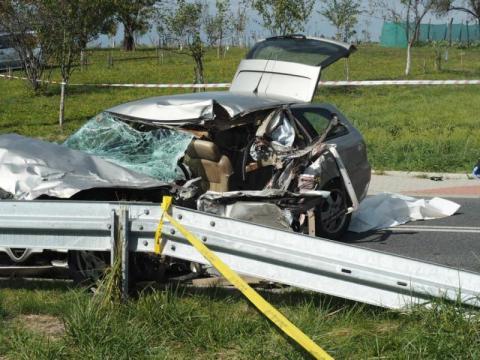 Tragiczny finał przejażdżki samochodowej. Uczniowie zginęli w drodze do szkoły
