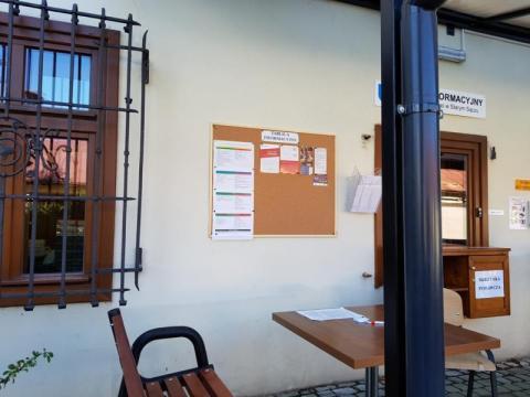 Stary Sącz: burmistrzowie i sekretarz wygrali z COVID-19. Co z urzędnikami?