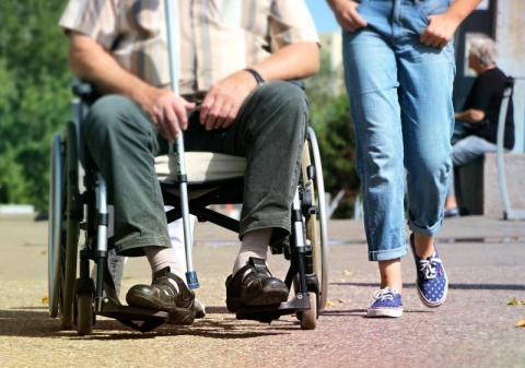Darmowy transport dla starszych i niepełnosprawnych. Będzie taniej i łatwiej