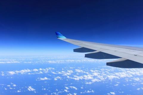 PORADNIK: Twój lot został opóźniony albo odwołany? Masz prawo do odszkodowania!
