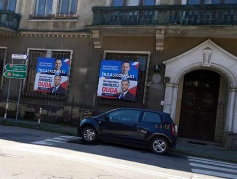 """Trzaskowski czy Duda. Kto wygrywa w sondażach, kto w sondzie """"Sądeczanina"""""""