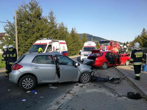 Groźny wypadek w Kasince Małej. Stan poszkodowanej osoby jest ciężki