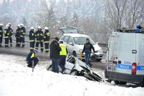 To nie właścicielka BMW spowodowała wypadek w Mszalnicy. Policja wciąż szuka świadków
