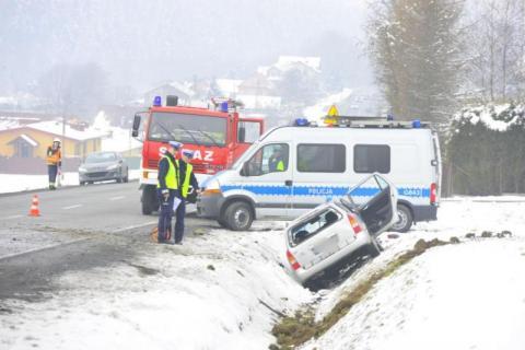 Droga wyjątkowo niebezpieczna, ale za chodnik w Mszalnicy musi wziąć się gmina