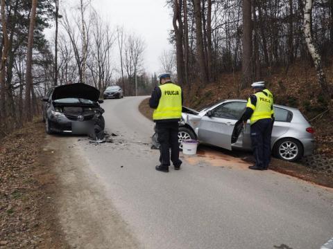 Z ostatniej chwili: wypadek w Woli Kurowskiej. Są ranni [WIDEO, ZDJĘCIA]