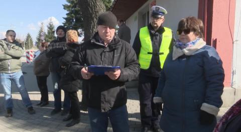 Wzięli udział w spotkaniu na ul. Zakładników. Muszą tłumaczyć się policjantom