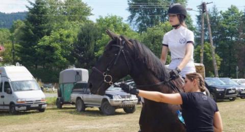 Adrenalina, ludzie z pasją i piękne konie. To wszystko w Kamionce Wielkiej