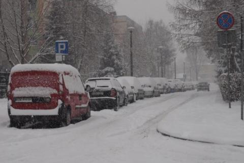 """Śnieżny chaos i rekordy zimna. Zaatakuje nas """"bestia ze Wschodu"""""""