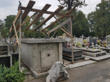 Restauracja grobowca majora Jerzego Erazma Iszkowskiego, fot. Iga Michalec