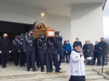 """""""To był święty kapłan"""". Parafianie z Jankowej pożegnali swojego proboszcza"""