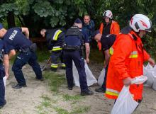 Jechali do Łososiny Dolnej na festiwal. Pomogli mieszkańcom walczącym z powodzią