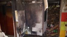 W Mystkowie płonął dom. Młody mężczyzna z oparzeniami trafił do szpitala
