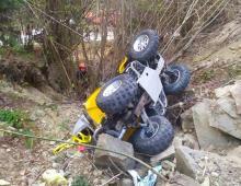Spadł ze stromej skarpy. Nieszczęśliwy wypadek w lesie we Florynce [ZDJĘCIA]