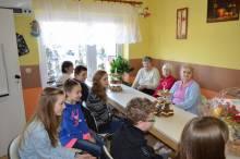 Uczniowie Zesoiłu Szkół w Koniuszowej