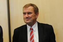 """Chełmiec: już jutro sesja """"być albo nie być wójta"""" po bezwodziu i na śmieciach?"""
