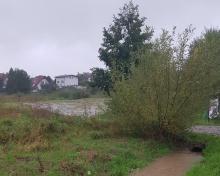 Alarm! Nowy Sącz znów zagrożony. Wzbierają rzeki i potoki