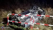 Dachowanie samochodu w Grybowie. Kierowca trafił do szpitala [ZDJĘCIA]