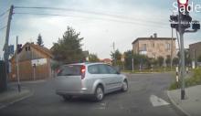 Uciekajcie z drogi. Nadjeżdża kierowca daltonista [WIDEO]