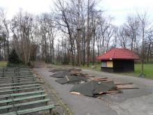 Park Strzelecki zdewastowany