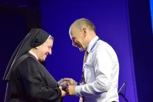 Forum Ekonomiczne: nagroda dla Michaeli Rak, założycielki hospicjum w Wilnie