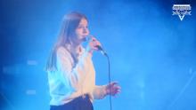 Ania Hojniak chce zostać lekarzem a dziś śpiewa o ludzkiej serdeczności