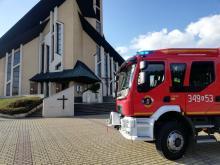 Łososina Dolna: strażacy z OSP odkażają kościoły i cmentarze