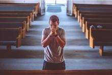 Czy Bóg wybacza samobójcom? Przejmująca rozmowa z księdzem psychologiem