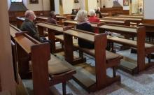 Przyszli do kościoła z koronawirusem. Sanepid szuka uczestników dwóch mszy