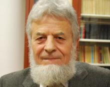 Julian Dybiec: spod jego pióra wyszło kilkanaście książek