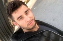 Przystojny fryzjer z Nowego Sącza podbija męskim wdziękiem całą Polskę
