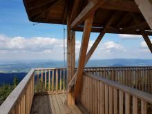 Wieża na Radziejowej. WOW! Widok z 1280 metrów nad poziomem morza