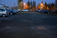 Miejsca parkingowe na ulicy Smolika