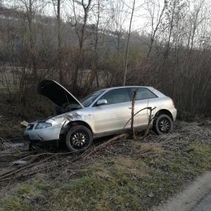 Łącko(Kiczonki) - zderzenie dwóch samochodów osobowych