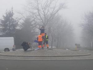 Nowy Sącz: na rondzie już jest tabliczka z imieniem Carla Mengera (WIDEO)