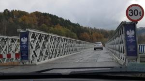Mieli budować nowy most na Kamienicy. Do kiedy będzie stać wojskowa prowizorka?