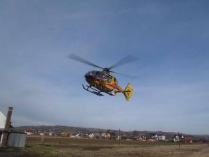 Motocyklista uderzył w betonowy przepust. Lekarze walczą o życie 37-latka