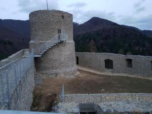 Rytro: Jarmark Średniowieczny na zamku? Gmina dowiezie niepełnosprawnych